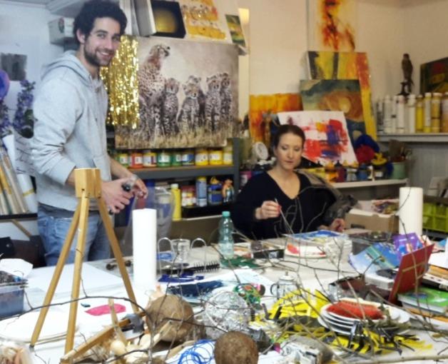 Blick ins Atelier der Kunstschule Frankfurt Atelier Irene Schuh. Hier kann man Modere Malerei kennen lernen