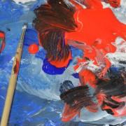 Rot und blau mischen in der Kunstschule Frankfurt Atelier Irene Schuh
